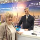 Very special visit from Pat Reede at the United Airlines stand