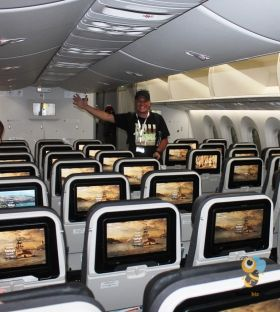 Onur Gul (Turkish Airlines) showing off the Dreamliner economy cabin.