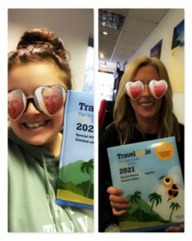 Lorraine and the Shandon Travel team in Cork are making the days count with their Travelbiz Desktop 2021 Diaries with real stars in their eyes!