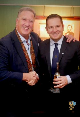 These two could sell sand to the Arabs, Don Shearer (Travelbiz.ie) and Brian Hynes (TTC)
