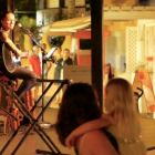 After dinner guests enjoy soft acoustic live music