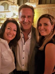 Karen Maloney (Head of Sales Etihad), Don Shearer (Travelbiz.ie) and Shannon O'Dowd (Etihad)
