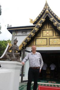 Chris Lee (Head of Marketing UK & Ireland Tourism Authority of Thailand)  at Wat Chedi Luang
