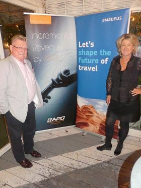 Paul Nolan (APG Airlines) and Olwen McKinney (Amadeus)