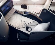 Signature cabin seat with mattress pad