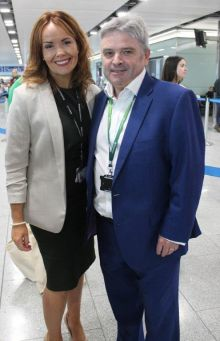 Caitriona Toner (Country Manager American Airlines) and Jon Woolf (DAA).
