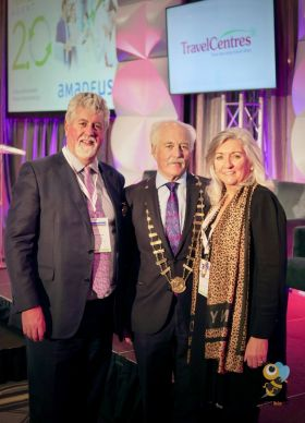 Dominic and Bernie Burke (Travel Centres) with John Spollen ITAA 2019 President