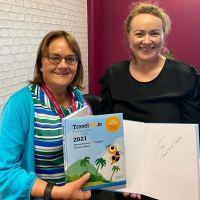 Cathy and Bernie (Travel Counsellors Ireland) Love their 2021 Travelbiz Desktop Diary