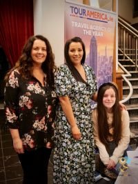 Linda Ryan, Veronica Flood & daughter at the launch of Tour America's new ad campaign