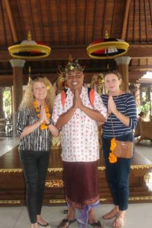 Fiona Dobbyn (Classic Resorts), Twi (our local guide) and Helena Sweeney (Emirates)