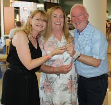 Martina Dowling, Debbie Durnin (both Falcon Holidays) and Declan Mescall (Features Editor Travelbiz)