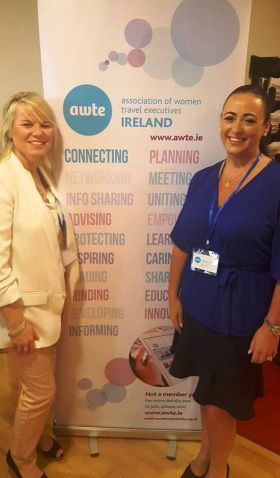 Lorraine Quinn (Celebrity Cruises) and Bev Fly (BookABed)
