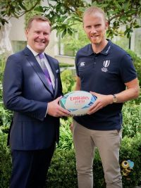 Enda Corneille (Country Manager Emirates Ireland) with the world-renowned referee, Wayne Barnes